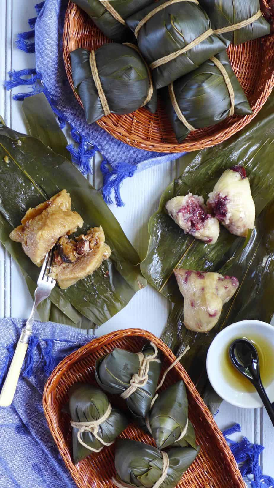 Sweet and savoury Zongzi. Some wrapped and some unwrapped.