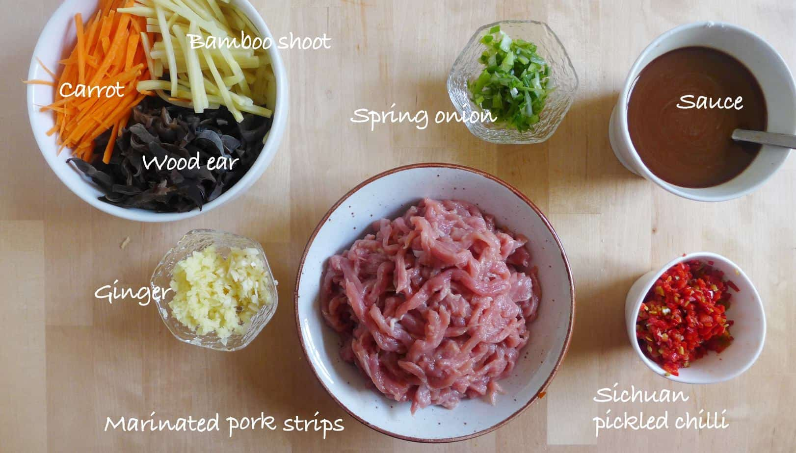 Ingredients for making Sichuan shredded pork with garlic sauce