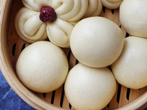 Mantou (馒头), Chinese steamed buns | Red House Spice