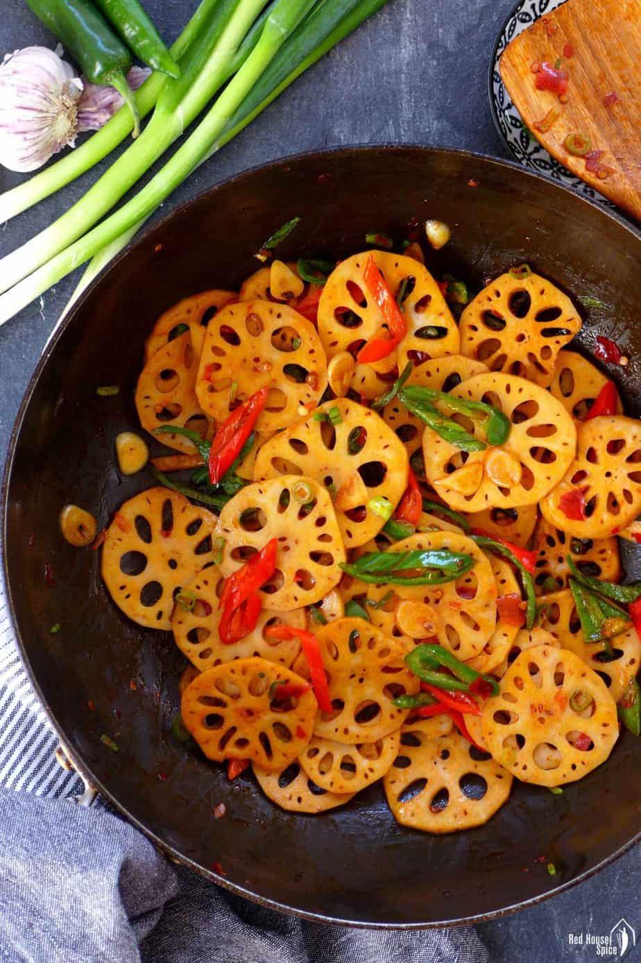 Stir-fried lotus root