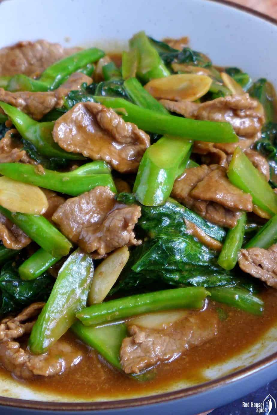 Beef & Chinese broccoli in oyster sauce