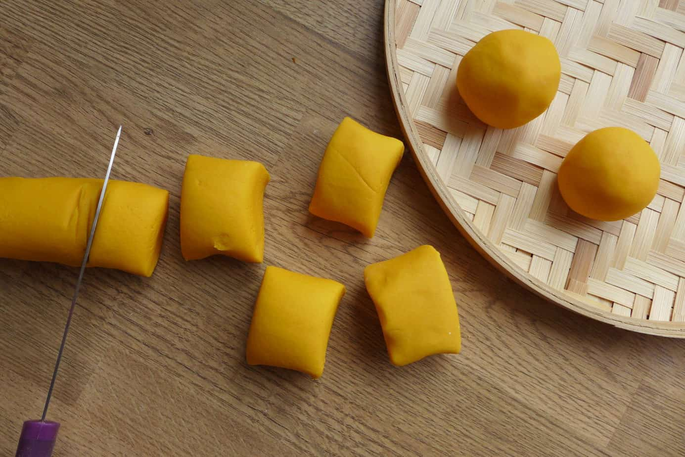 Dough pieces made of butternut squash and glutinous rice flour