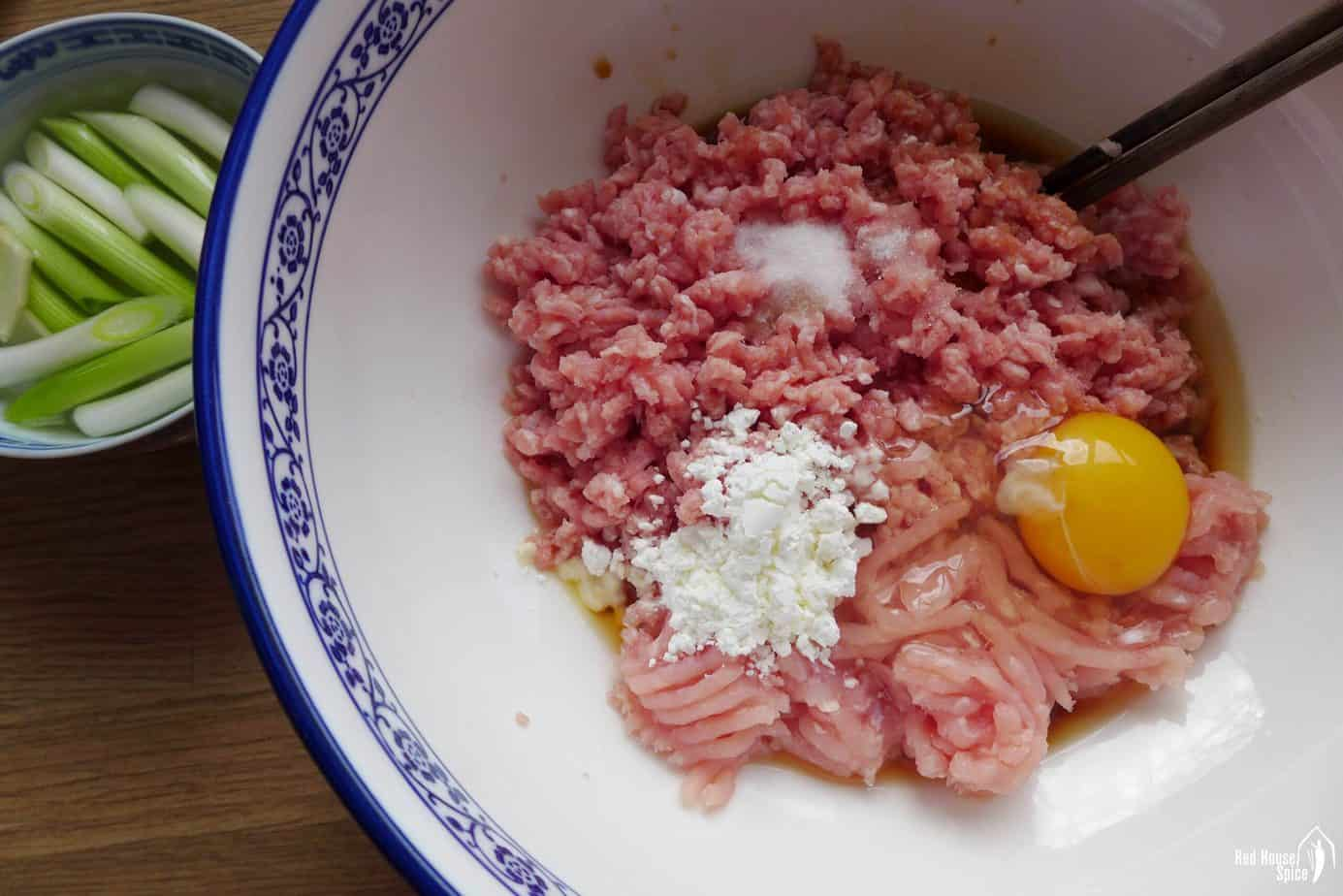 Minced pork with seasonings and an egg