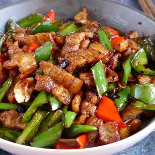 Hunan pork stir-fry with chili pepper