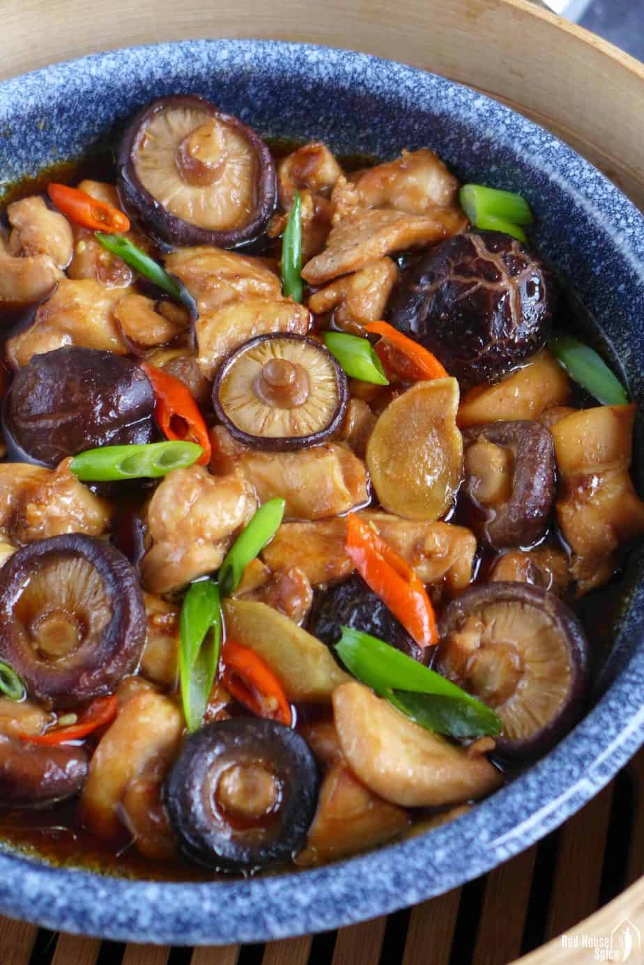 chicken steamed with shiitake mushroom