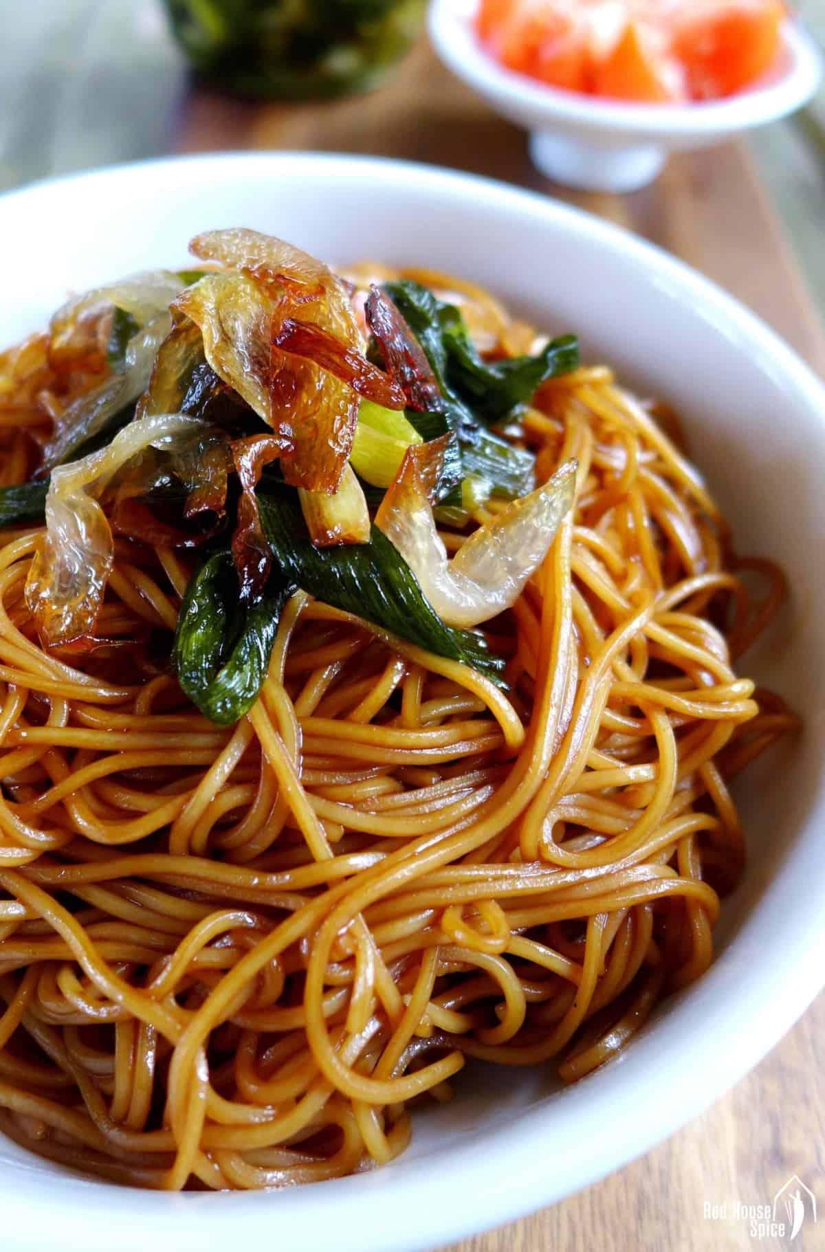 Shanghai Scallion oil noodles in a bowl