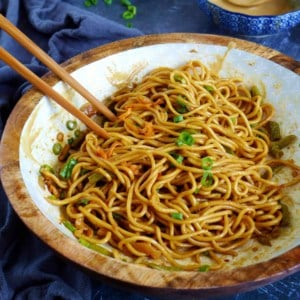 Hot dry noodles with sesame paste dressing and scallions