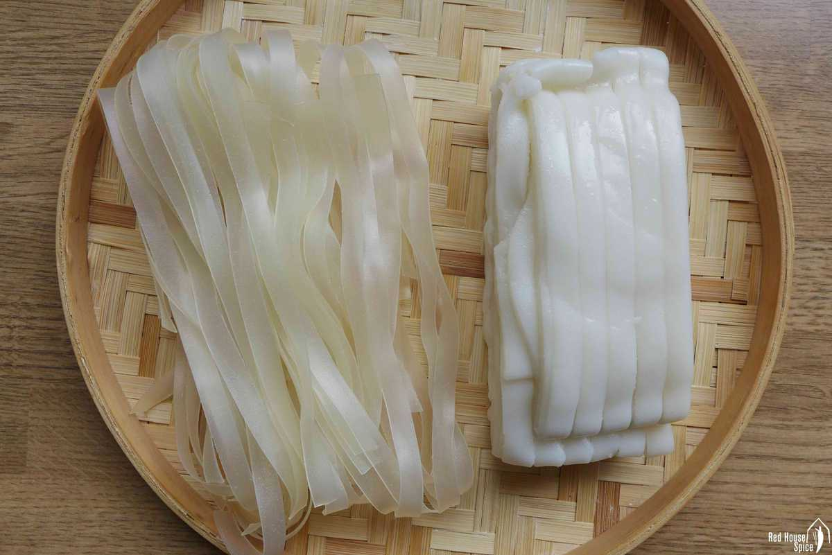 dried and fresh wide rice noodles